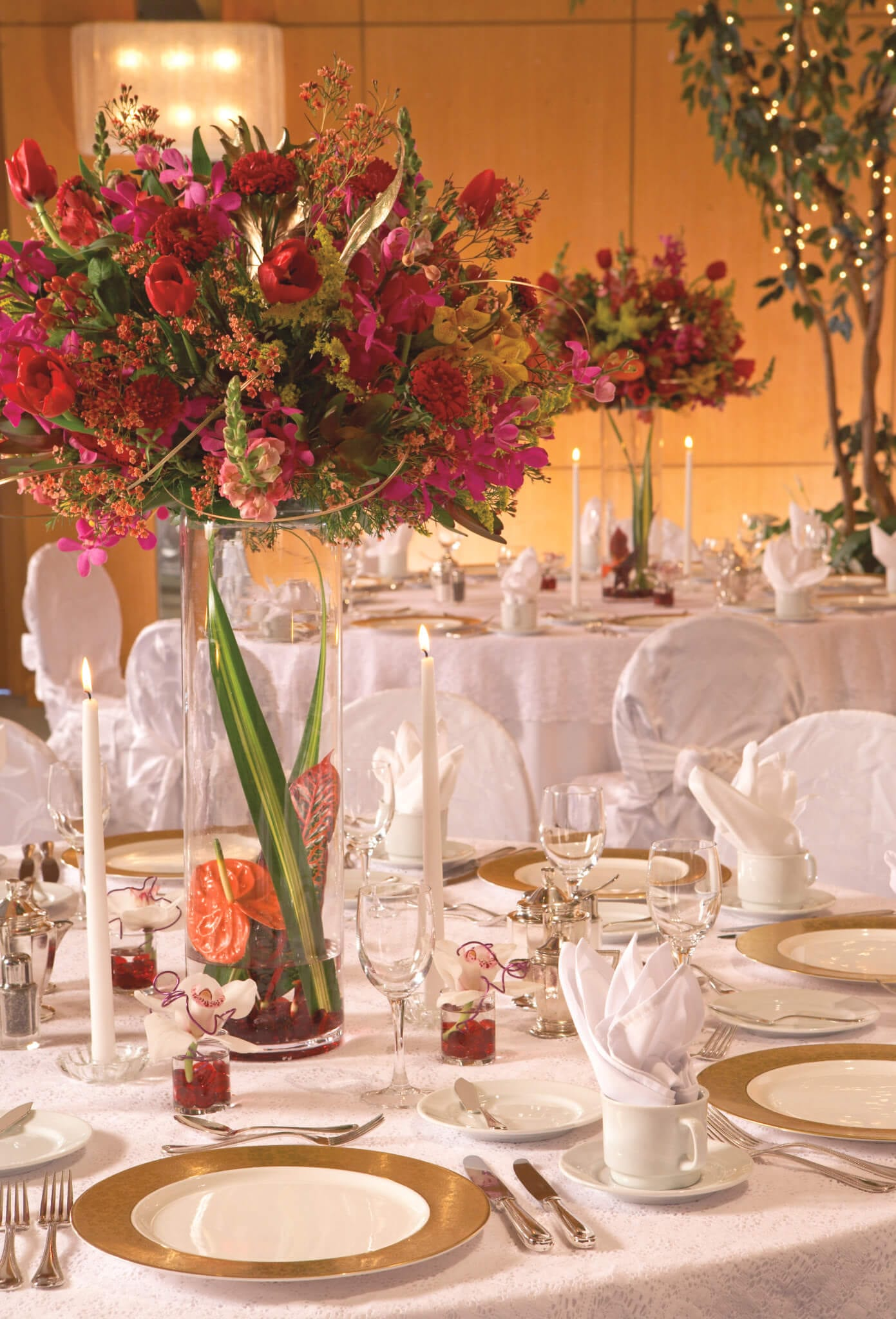 Wedding tablesetting details.